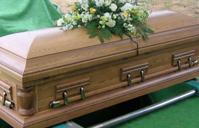 Ce reprezinta o inmormantare completa?